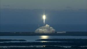 Falcon rocket carrying DSCOVR satellite
